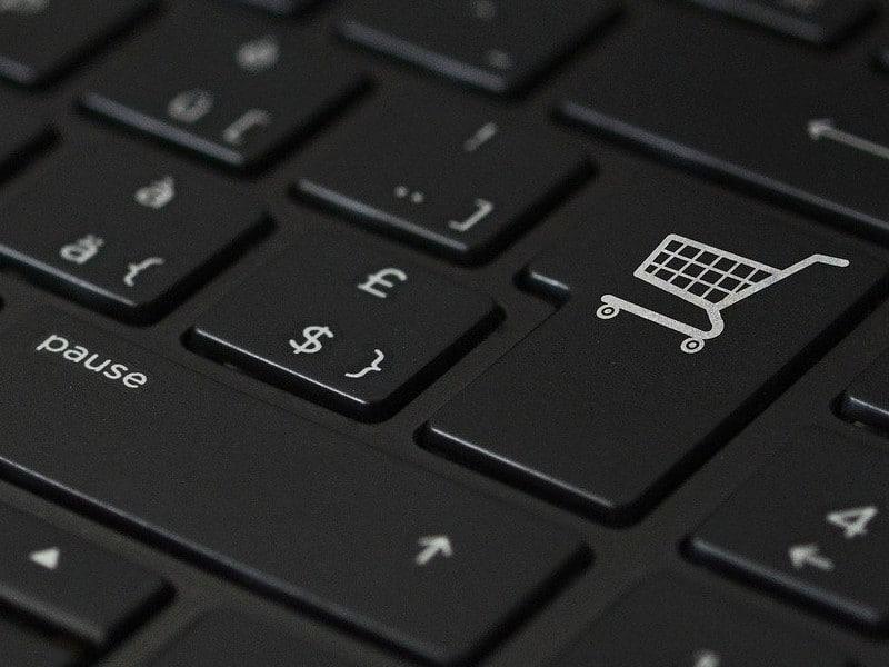 6 herramientas de comercio electrónico para llevar tu negocio local donde están sus clientes. en línea